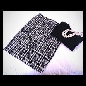 Ann Taylor stretch pencil skirt size 2.